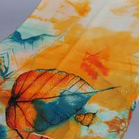 Шарф тонкий с рисунком листа (оранжевый)