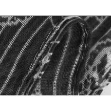 Шарф  с украшением из паеток (черный)